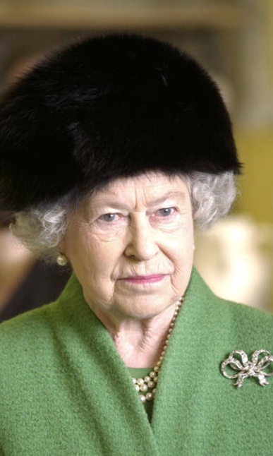 Queen Elizabeth wore a black fur topper during her trip to the park in Bristol, England.