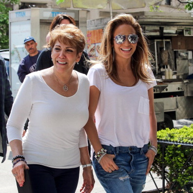 "<a href=""http://us.hellomagazine.com/tags/1/jennifer-lopez""><strong>Jennifer Lopez</a> and her mother Guadalupe Rodriguez Lopez:</strong>