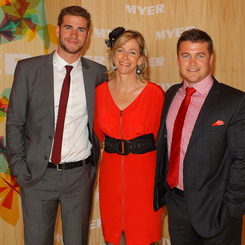 "<a href=""http://us.hellomagazine.com/tags/1/liam-hemsworth""><strong>Liam</a> and <a href=""http://us.hellomagazine.com/tags/1/chris-hemsworth""><strong>Chris</a> and Luke Hemsworth and their mother Leonie Hemsworth:</strong>