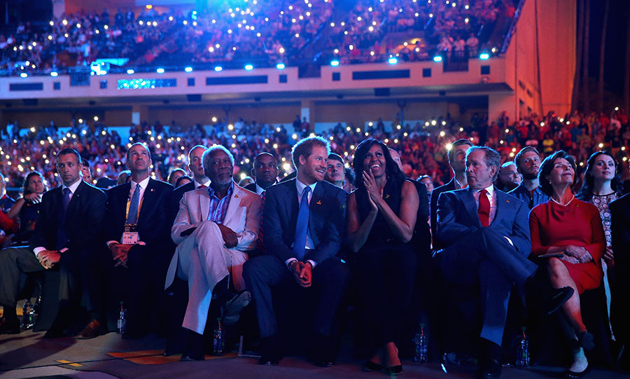 Harry sat next to Michelle Obama and Morgan Freeman during the opening ceremony of the Invictus Games. 