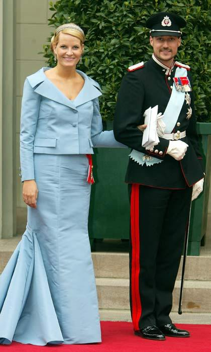 On the morning of May 14, 2004, royal guests started to arrive at Copenhagen cathedral for the wedding of Crown Prince Frederik and Australian native Mary Donaldson. Among the first guests to arrive were Crown Prince Haakon of Norway and his wife Mette-Marit.