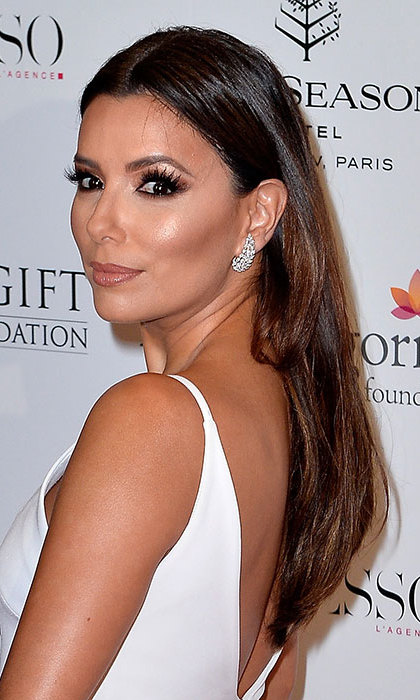 <b>Eva Longoria</b> showed off her beauty credentials at the Global Gift Gala with a sleek and smooth hairstyle and dramatic eye make-up.