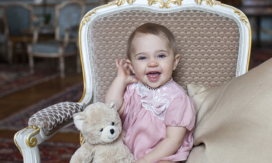Say cheese! In 2015, Princess Leonore celebrated her first birthday with a series of adorable portraits. 