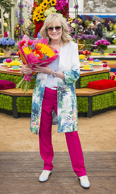 Flower power! Twiggy held on to a bouquet of lovely flowers as she celebrated the beginning of the season at the Chelsea Flower Show.
