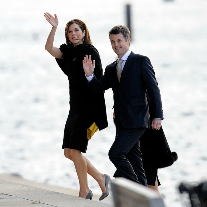 The couple were in sync and in style arriving to the 2009 opening ceremony of the 121st session of the International Olympic Congress in Copenhagen. 