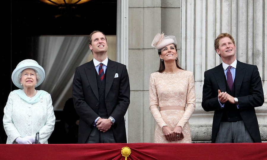 The royals joined Queen Elizabeth on the balcony of Buckingham Palace for a flyover in honor of the monarch's Diamond Jubilee.