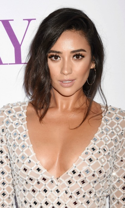 <b>Shay Mitchell</b>