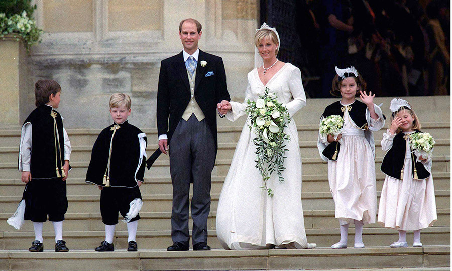 Children of the couple's friends served as Sophie's flower girls; Camilla Hadden, Olivia Taylor, and page boys; Felix Sowerbutts, and Harry Warburton.