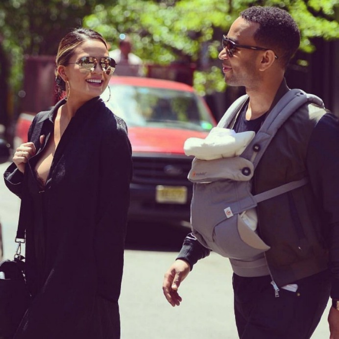 <b>John Legend</b><br />