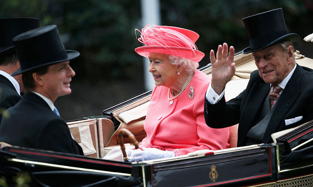 The Duke of Edinburgh gave a wave arriving to the Royal Ascot in a carriage along with his wife, The Duke of Fife and Viscount Linley.