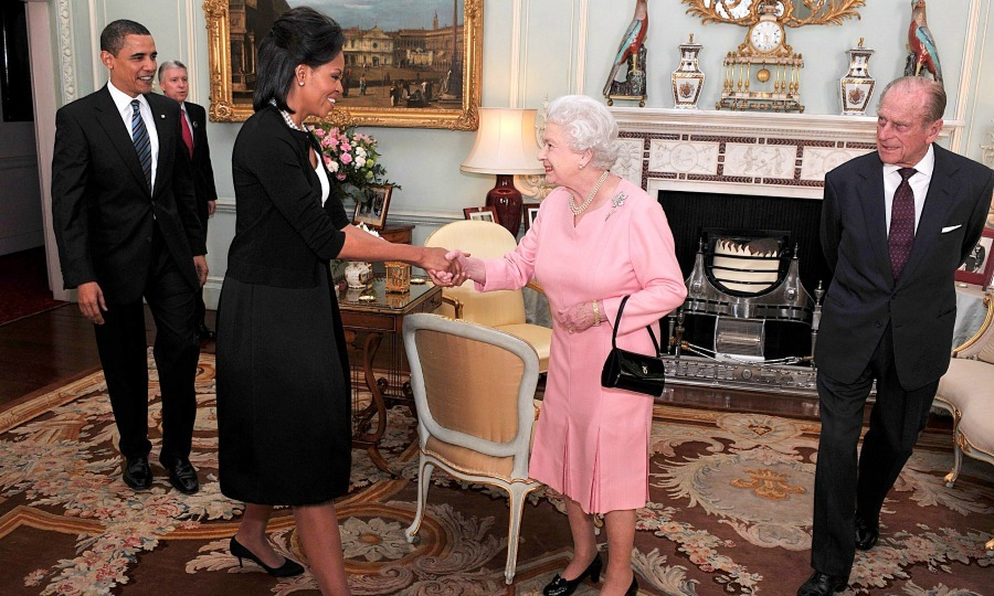 <b>She had a classic mom moment with the Queen</b>