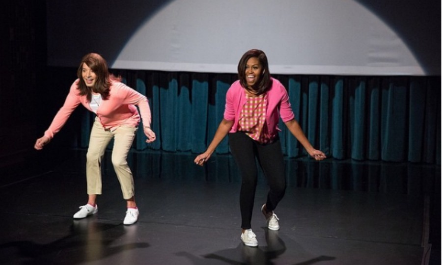 <b>She even makes mom dancing look cool!</b>