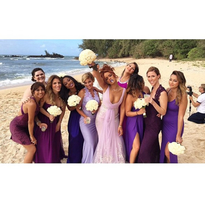 "<a href=""http://us.hellomagazine.com/tags/1/rihanna"" target=""_blank"" style=""font-weight: bold;"">Rihanna</a> <i>work</i>-ed it in a lilac Badgley Mischka Couture bridesmaids gown for her assistant Jennifer Rosales' 2015 wedding in Honolulu, Hawaii. 