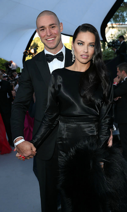<b>Adriana Lima and Joe Thomas</b>