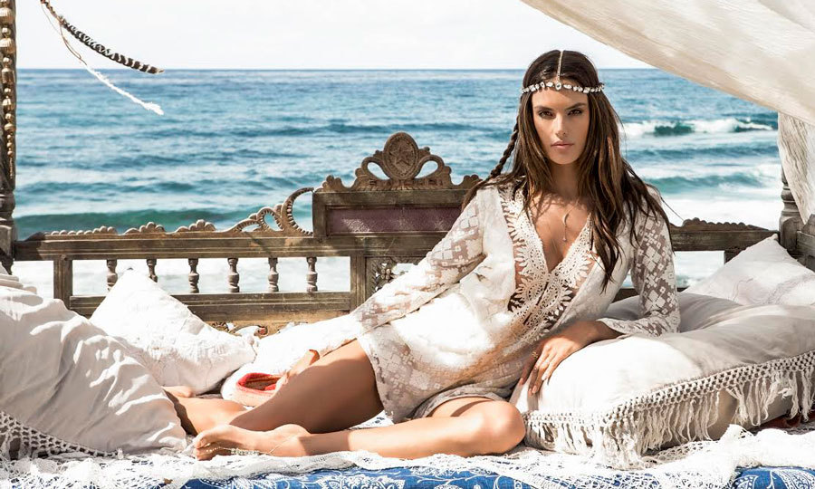 <b>Alessandra Ambrosio</b>