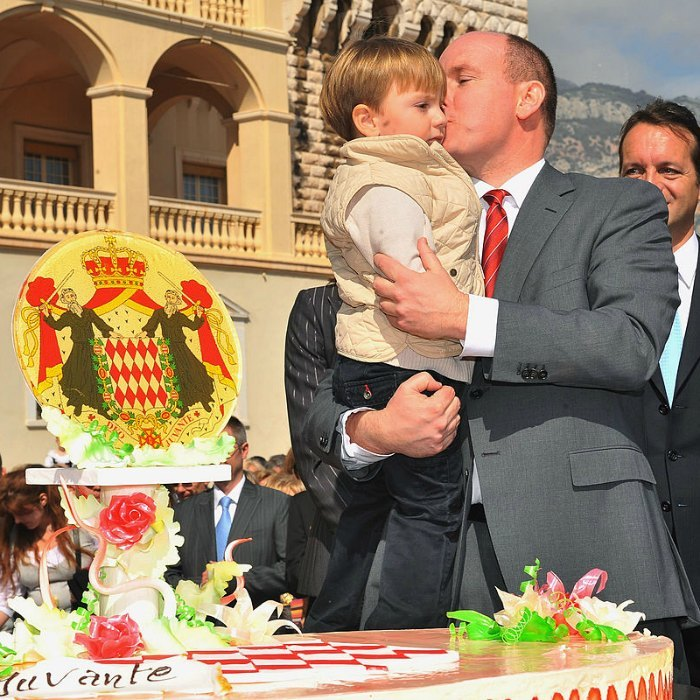 Mateo Gastaud, who was born on the same day as Prince Albert, received a birthday kiss from the Monaco royal during his 50th birthday celebrations.