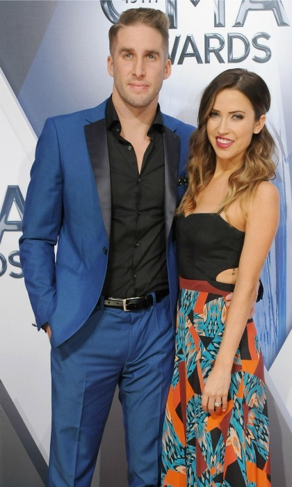 <b>Shawn Booth and Kaitlyn Bristowe</b>