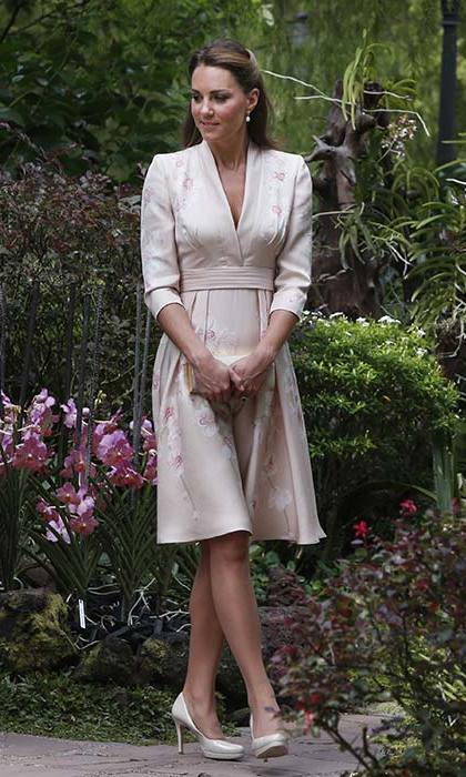 Kate chose an orchid print Jenny Packham dress and L.K. Bennett heels for a visit to Singapore's Botanic Gardens.