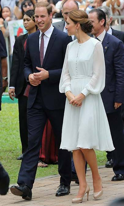 A pale mint Beulah Sabitri dress was chosen for a 2012 trip to a mosque in Singapore. The Duchess covered up with a matching headscarf before entering, pairing her frock with a L.K. Bennett clutch and heels.