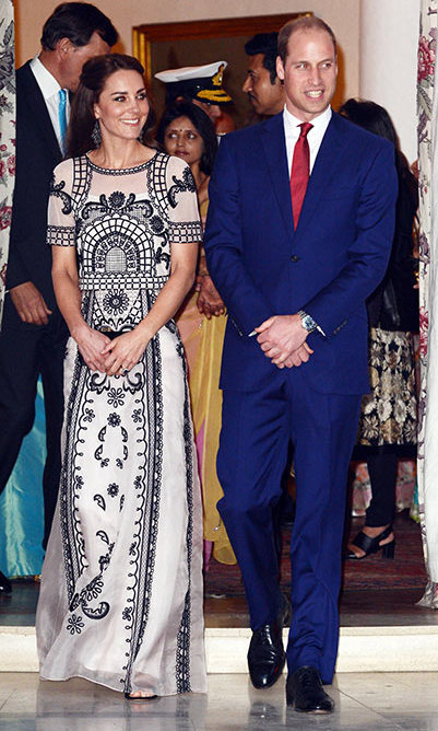 Stepping out for a garden party in Delhi to celebrate Queen Elizabeth's 90th birthday, Kate looked typically stylish wearing an Alice Temperley crop top and skirt ensemble.