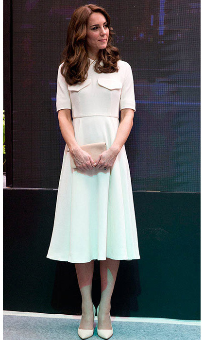 Kate sported an elegant cream wool crepe dress by one of her favorite designers, Emilia Wickstead, on the second day of her visit to India. 