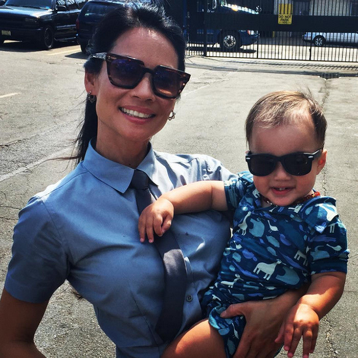 "Little Rockwell joined mom Lucy Liu on set in July 2016 – and we love their matching shades! The actress captioned the snap: ""Kicking off Season 5 with my mini @elementaryofficial @kickeepants.""