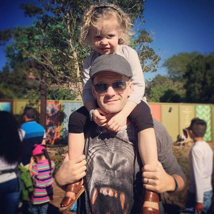 "Harper Grace Burtka-Harris got a lift from dad <a href=""http://us.hellomagazine.com/tags/1/neil-patrick-harris/""><strong>Neil Patrick Harris</strong></a> around Disney's Epcot theme park.