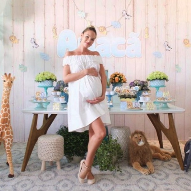 Candice Swanepoel has safari-themed baby shower reveals her babyu0026#39;s name