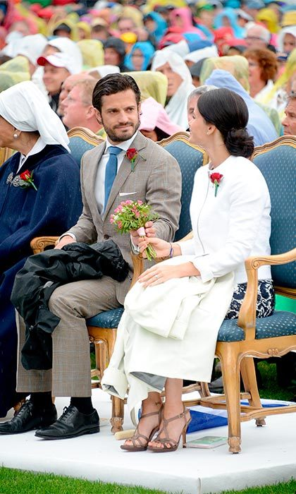 Prince Carl Philip's proposal came as a complete surprise to Sofia. The then 35-year-old popped the question in the morning – something of a shock to Sofia as she said she is usually the first to wake. 
