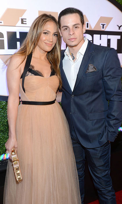 <b>Jennifer Lopez and Casper Smart</b>