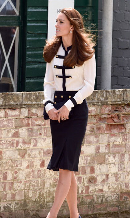 Kate looks chic in this matching blouse and pencil skirt combination - definitely inspiration for an office look.