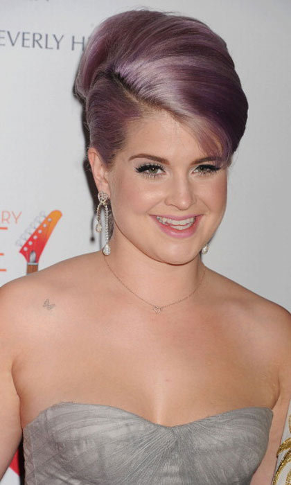 "<a href=""http://us.hellomagazine.com/tags/1/kelly-osbourne/""><strong>Kelly Osbourne</strong></a> shows us that silvery lavender is a thing, and the color looks gorgeous.