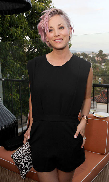 "<a href=""http://us.hellomagazine.com/tags/1/kaley-cuoco/""><strong>Kaley Cuoco</strong></a> had subtle pink highlights, creating a dusty rose hue.
