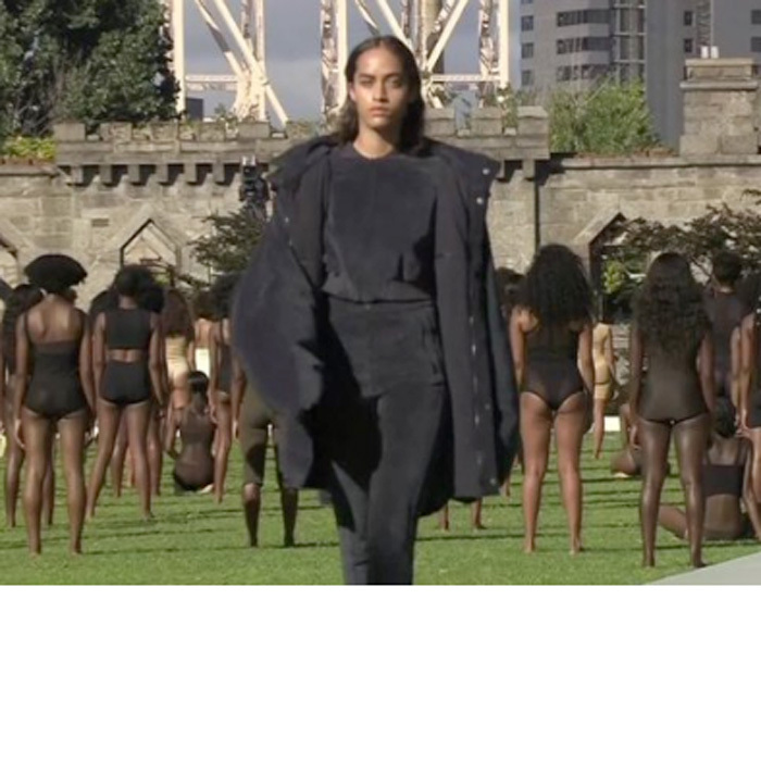 "One model, resembling Malia Obama, sent the Internet into a frenzy questioning whether or not the first daughter was walking in the Yeezy 4 show. The look-alike prompted Tweeters to tweet, ""Wait Kanye got Malia Obama? WHAT? #YeezySeason4"" and another, ""I'm shook @ MALIA OBAMA walking #YeezySeason4!!!! This girl is my cup of tea!""
