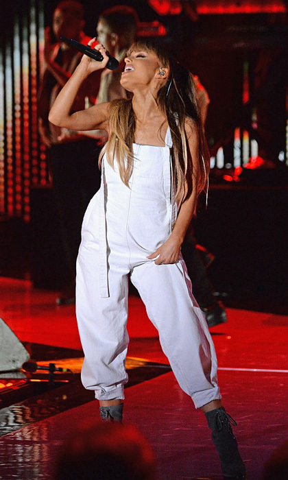 Ariana Grande belted it out on stage performing at the Macy's Presents Fashion's Front Row.