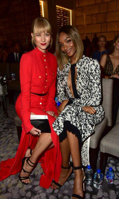 Supermodel moment! Pals Karlie Kloss and Jourdan Dunn hung out at the FIJI Water x Daily Front Row's Fashion Media Awards.
