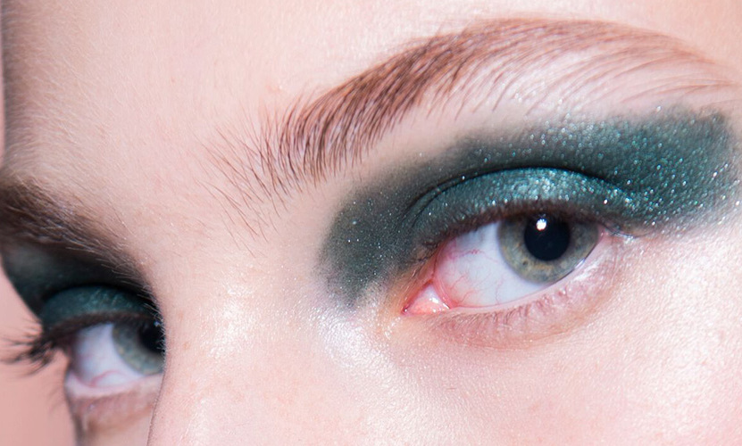 And finally, Geometric Green using 'Burnished Sage' from the Eye Palette.