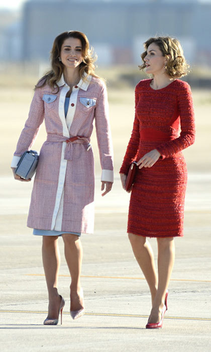 A 2015 meet-up with Queen Rania of Jordan served as the backdrop for this figure-hugging red tweed dress. 