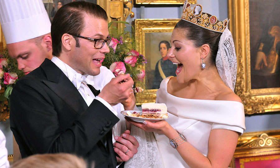 Let them eat cake! Victoria and Daniel shared a piece of cake to commemorate their big day during their wedding banquet on June 19, 2010 at the Royal Palace in Stockholm, Sweden. 