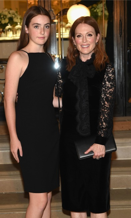 <b>Julianne Moore and Liv Freundlich</b>
