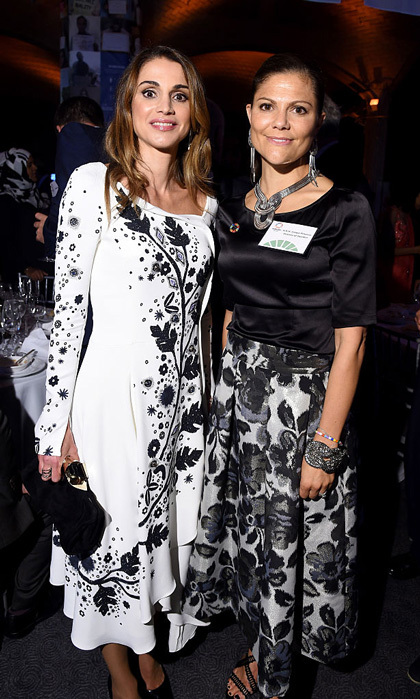 "Royalty collided at the 2016 Global Goals Awards dinner held at Gustavino's. <a href=""http://us.hellomagazine.com/tags/1/queen-rania/""><strong>Queen Rania</strong></a> and <a href=""http://us.hellomagazine.com/tags/1/crown-princess-victoria/""><strong>Crown Princess Victoria</strong></a> donned black floral printed ensembles for their night out in the Big Apple.