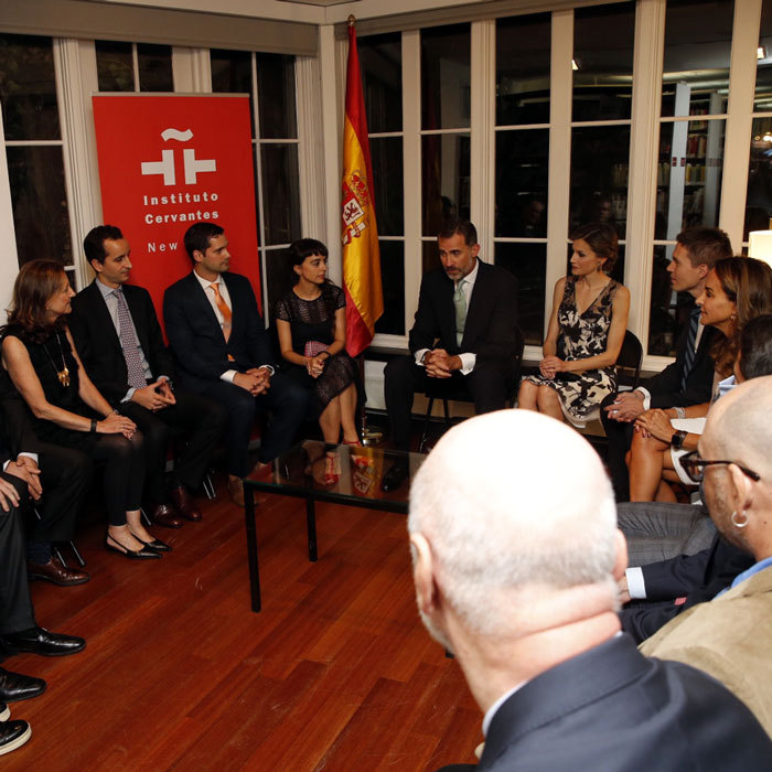 Felipe and Letizia met with Spanish residents in New York City, who are connected to research, academic, artistic, cultural and social sectors.