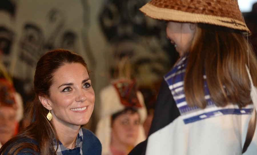 Kate showed she's a true natural when it comes to meet-and-greets during the official welcome and performance at Wawiska Community Hall.