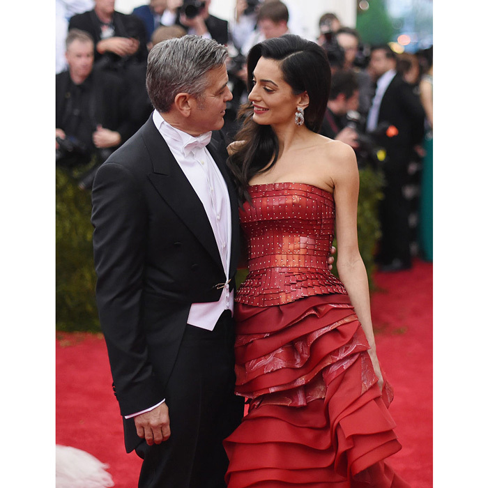 A leading man and his leading lady! George Clooney and his wife Amal Clooney could not have looked more in love at the 'China: Through The Looking Glass' Costume Institute Benefit Gala in 2015.