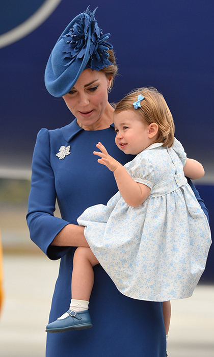 <b>The world's cutest royal wave</b>