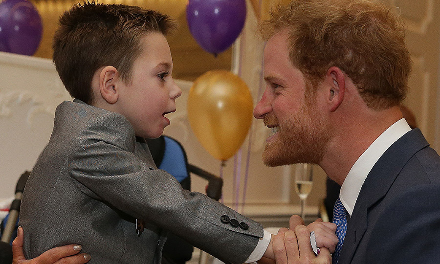 "<a href=""http://us.hellomagazine.com/tags/1/prince-harry/""><strong>Prince Harry</strong></a> was all smiles with Inspirational Child Award winner Ollie Carroll, who also received a special hug from the Prince during the WellChild Awards in London. 
