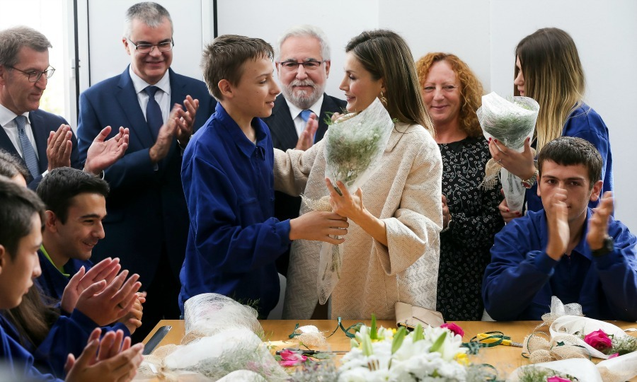 "<a href=""http://us.hellomagazine.com/tags/1/queen-letizia/""><strong>Queen Letizia</strong></a> was presented with flowers during the opening of this year's vocational training course at a secondary school in Madrid.