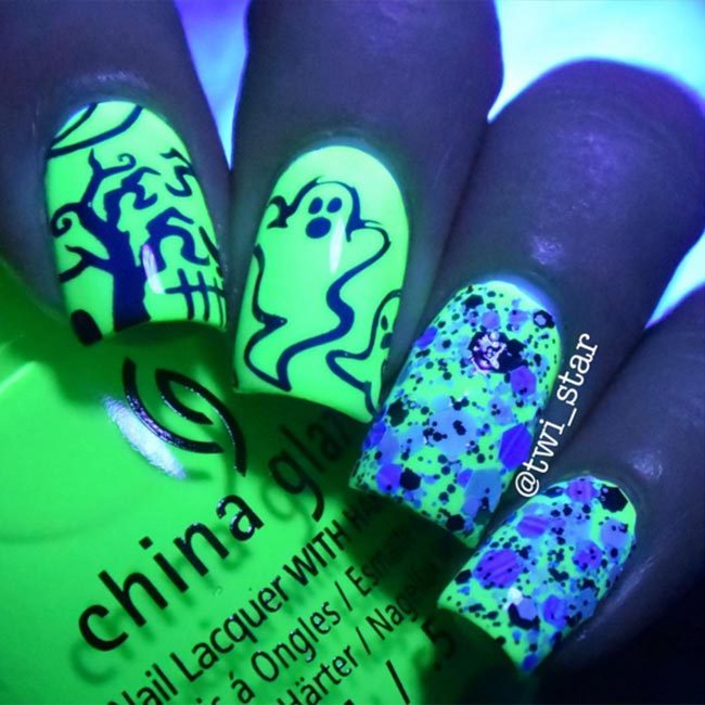 China Glaze polishes in 'Ghostess With The Mostess' and 'Drink Up Witches' were the perfect brew for @twi_star's glow in the dark nails.