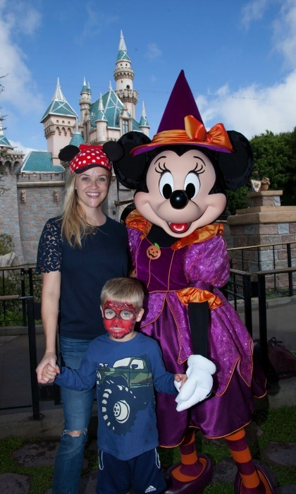 "October 17: <a href=""http://us.hellomagazine.com/tags/1/reese-witherspoon/""><strong>Reese Witherspoon</strong></a> and her son Tennessee got into the Halloween spirit with Minnie Mouse outside of Sleeping Beauty's castle at Disneyland in Anaheim, California.