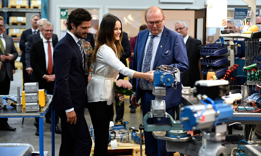 Carl and Sofia's afternoon continued with a trip to the manufacturing company, AB Somas Ventiler, in Saffle, Sweden.